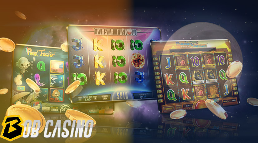 Playing online slots at day and night time